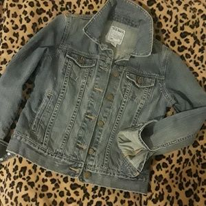 🌻🌻Jean Jacket🌻🌻like New!! Size S
